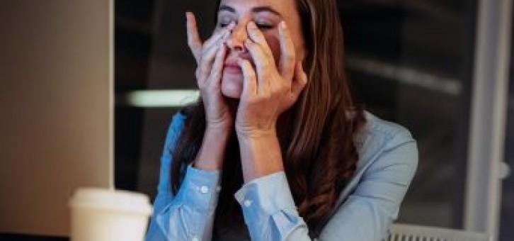 Kronik Yorgunluk Sendromu Nedir, Nasıl Tedavi Edilir?