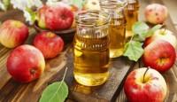 Elma Sirkesi Kullanarak Saç Bakımı Yapmak